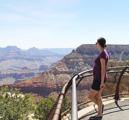 Denise overlooking the grandcanyon
