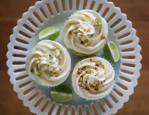 Key Lime Cupcakes with White Chocolate Frosting & Salted Pistachios | sweetpeasandsaffron.com