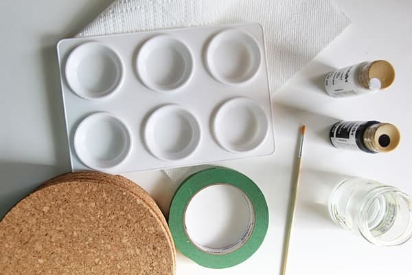The supplies needed for Cork Board Wall Art before making it