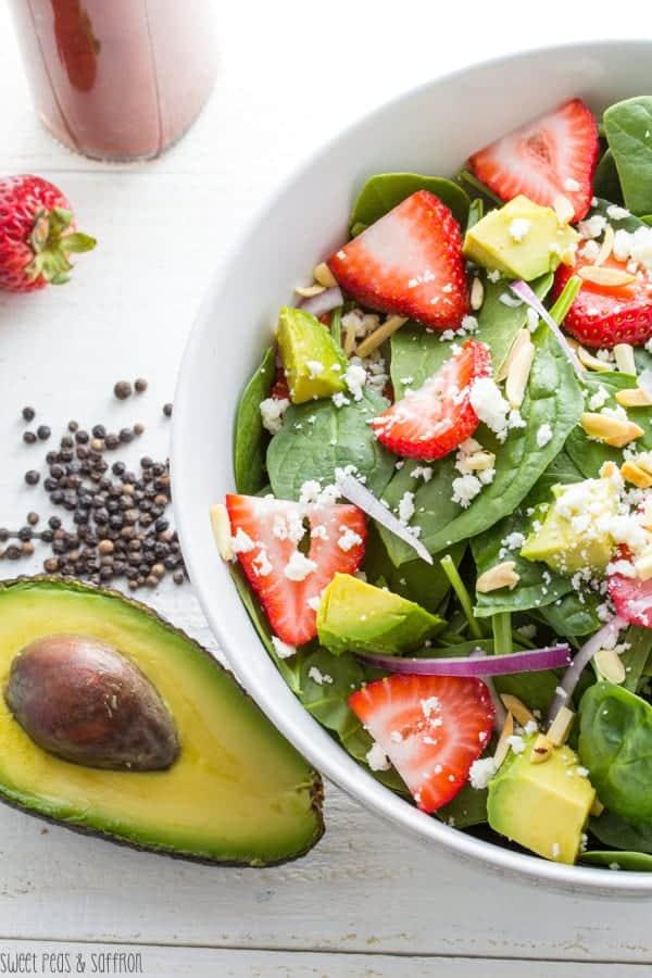 Spinach Salad with Roasted Strawberry & Black Pepper Vinaigrette | sweetpeasandsaffron.com