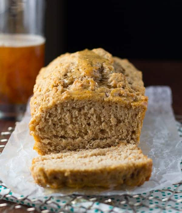 Honey Rye Beer Bread | @sweetpeasaffron