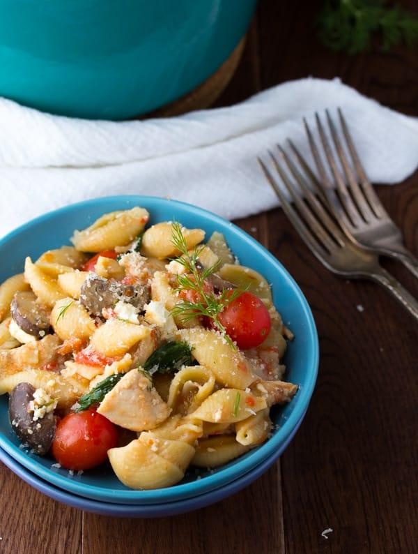 One Pot Pasta with Chicken, Feta and Dill | sweetpeasandsaffron.com @sweetpeasaffron