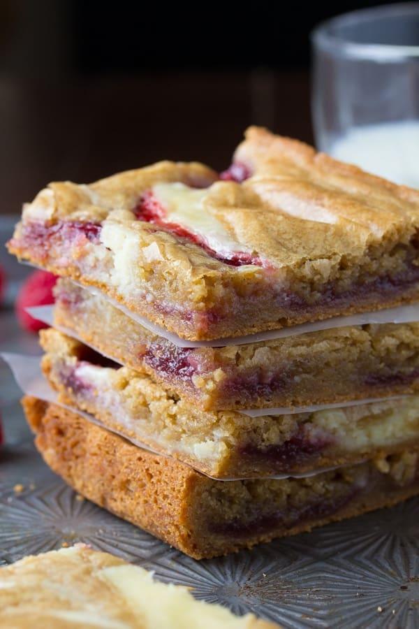 Brown Butter Raspberry Swirl Cheesecake Blondies | sweetpeasandsaffron.com @sweetpeasaffron