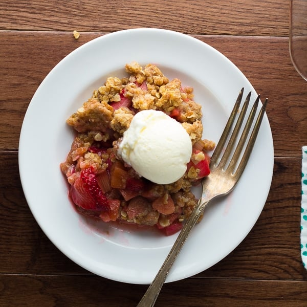 Strawberry Rhubarb Crisp with Oatmeal Cookie Streusel | sweetpeasandsaffron.com @sweetpeasaffron