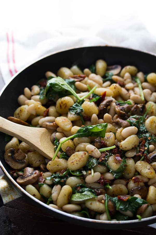Pan Fried Gnocchi With Sundried Tomatoes and White Beans-3