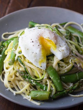 Spiralized Pasta with Egg and Asparagus