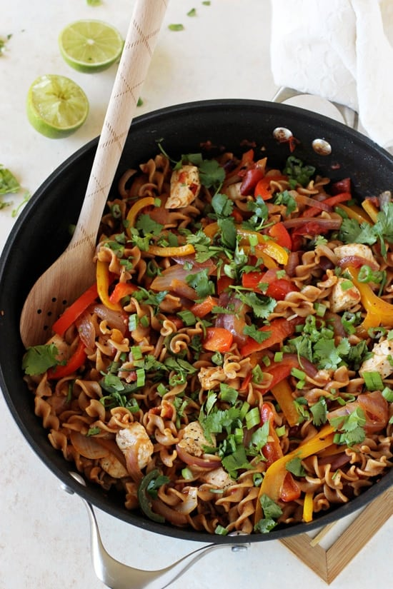 Skillet_chicken_fajita_whole_wheat_pasta2