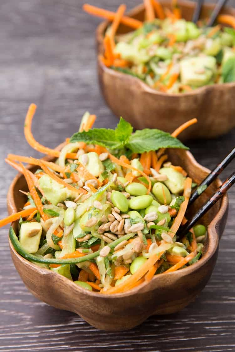 This-cucumber-carrot-noodle-Thai-salad-will-knock-your-socks-off-vegan-+-gluten-free-3