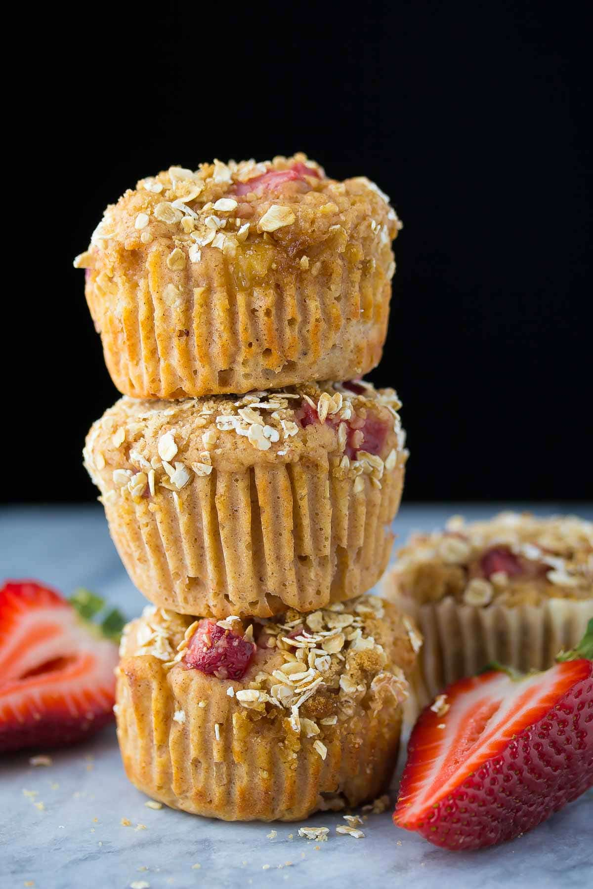 These strawberry apple crumble muffins will satisfy your muffin cravings while keeping things healthy. No butter or oil, half whole wheat flour, and only 140 calories each!