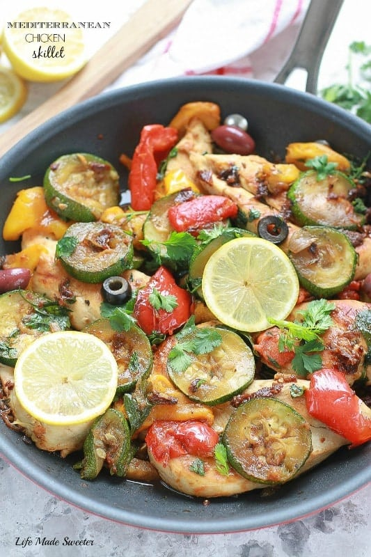 One-Pan-Mediterranean-Chicken-Skillet-is-a-fresh-flavorful-dish-ready-in-under-30-minutes.-Perfect-dish-for-weeknights.