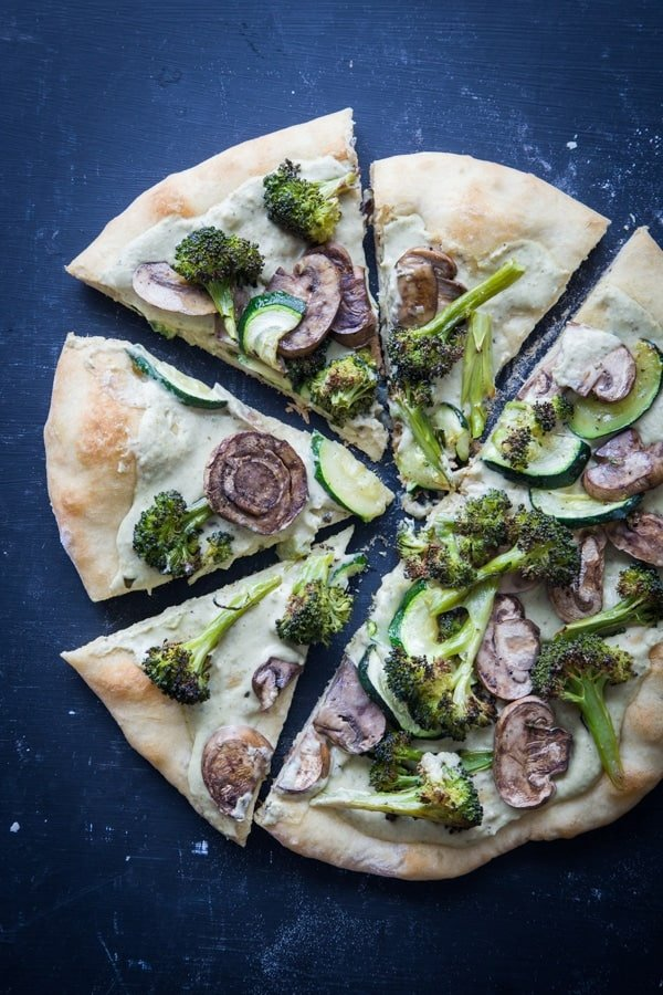 roasted_vegetable_and_white_bean_pesto_hummus_pizza_feature