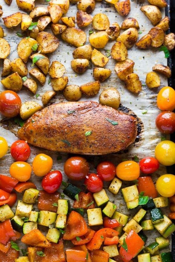 spicy paprika chicken cherry tomato sheetpan dinner