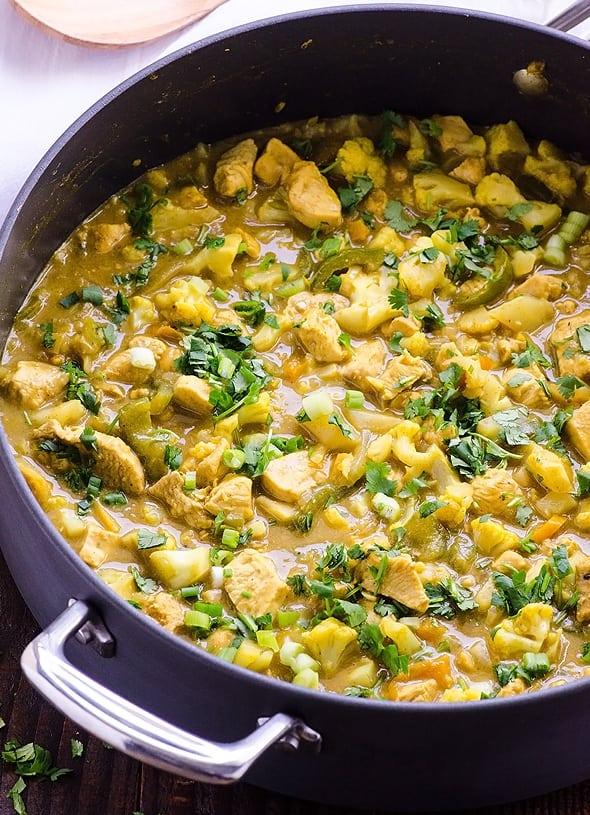 skillet1-cauliflower-chicken-yellow-curry-recipe