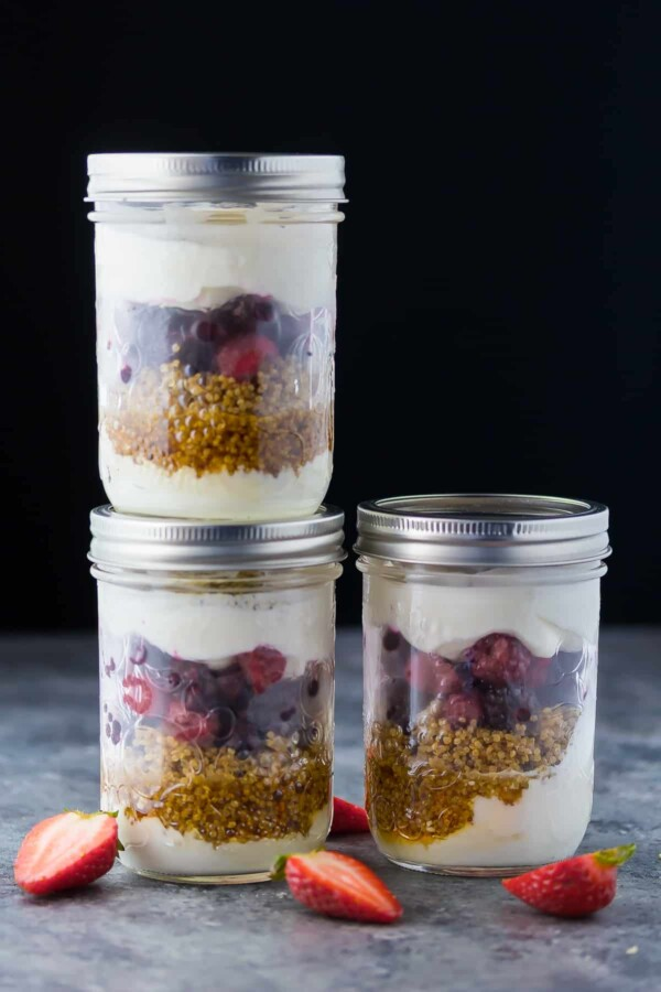 Time Saving Healthy Breakfast Recipes; breakfast parfaits in jars