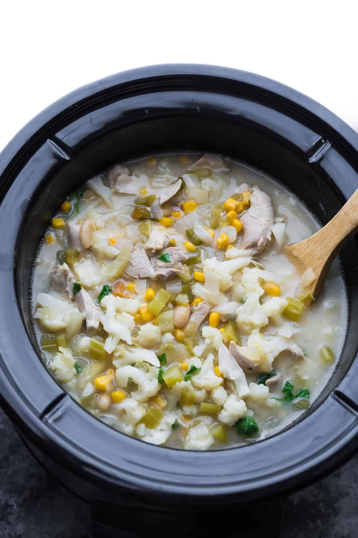 Healthy Slow Cooker White Chicken Chili (Assemble Ahead)