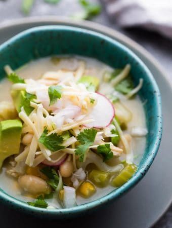 Healthy Slow Cooker White Chicken Chili (Freezer to Crock Pot)