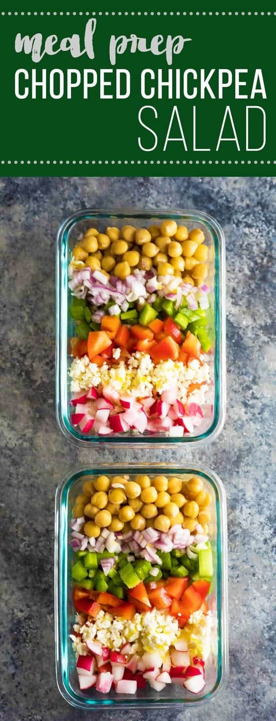 This meal prep chopped chickpea salad can be made on the weekend and enjoyed throughout the week for a healthy work lunch! Store them in meal prep containers, or as jar salads. #mealprep #salad #vegetarian #bulgur #chickpeas #vinaigrette #sweetpeasandsaffron
