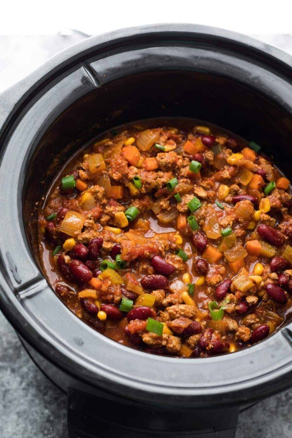 smoky turkey chili in slow cooker