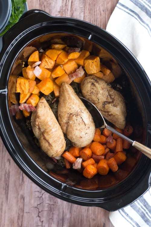 Easy and healthy freezer slow cooker recipes that are perfect for busy weeknight dinners!