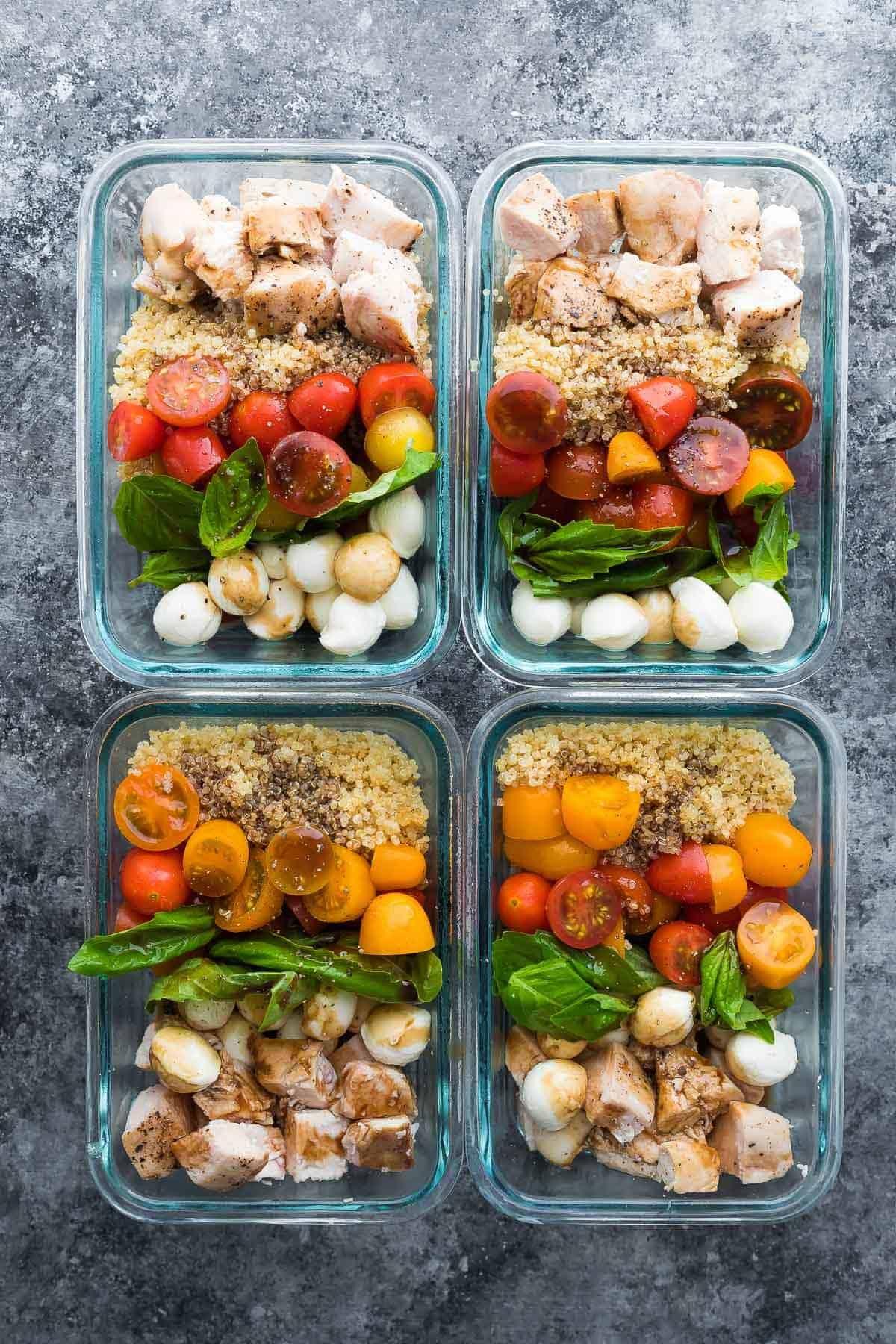 Caprese Tavuklu Salata Yemek Hazırlama Kaseleri