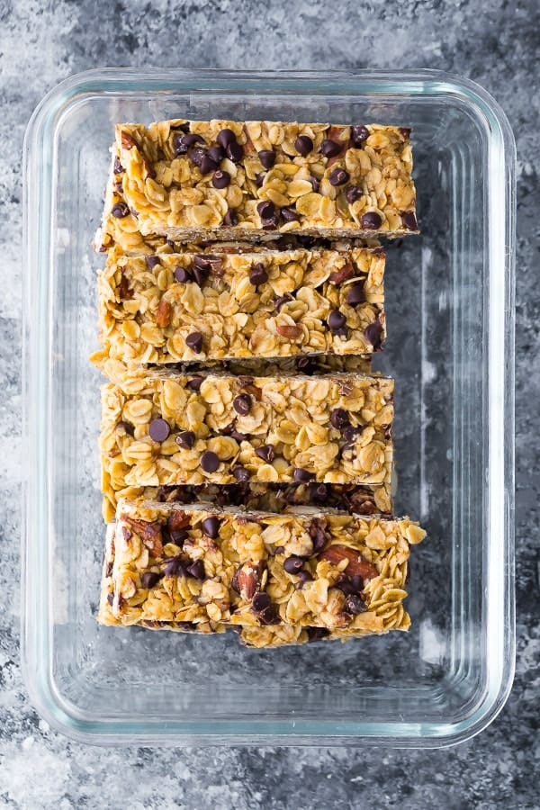 chewy granola bar recipe in the glass storage container