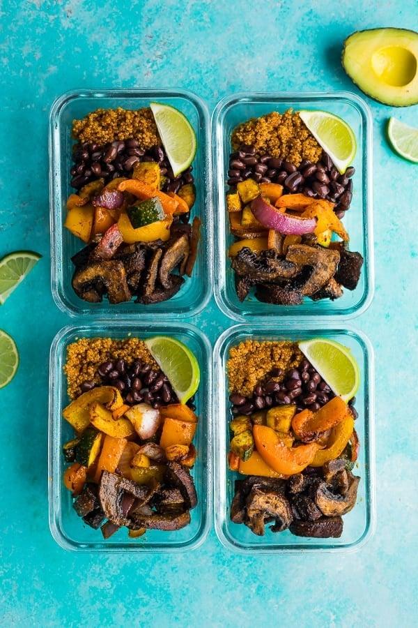 portobello fajita bowls in four glass meal prep containers