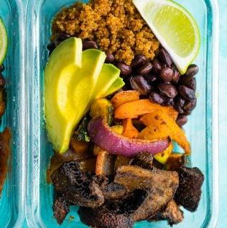 plastic container filled with vegan portobello fajita bowls