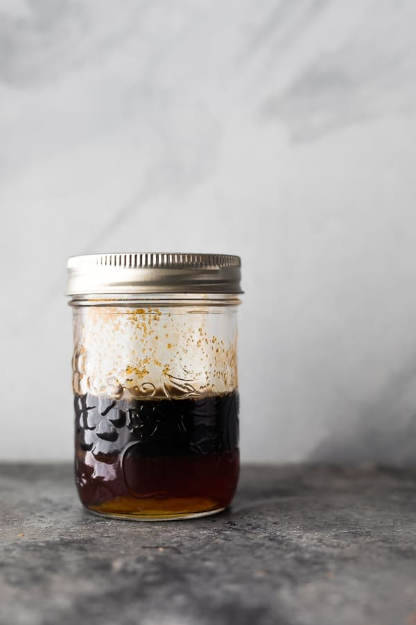 balsamic marinade for salmon in mason jar