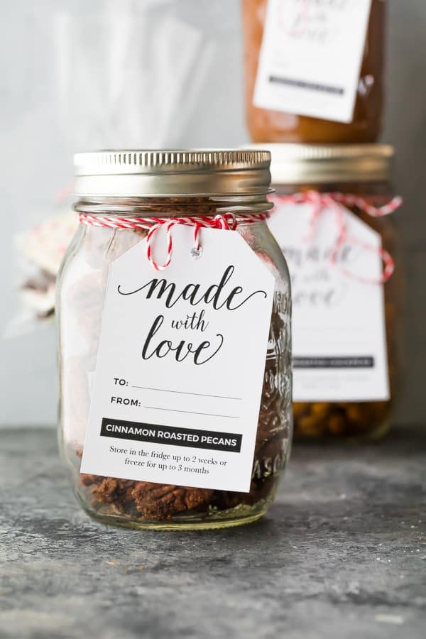cinnamon roasted pecans packaged as homemade Christmas gifts