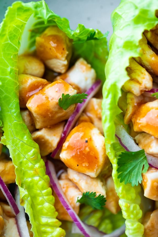 close up of the healthy chicken lettuce wraps