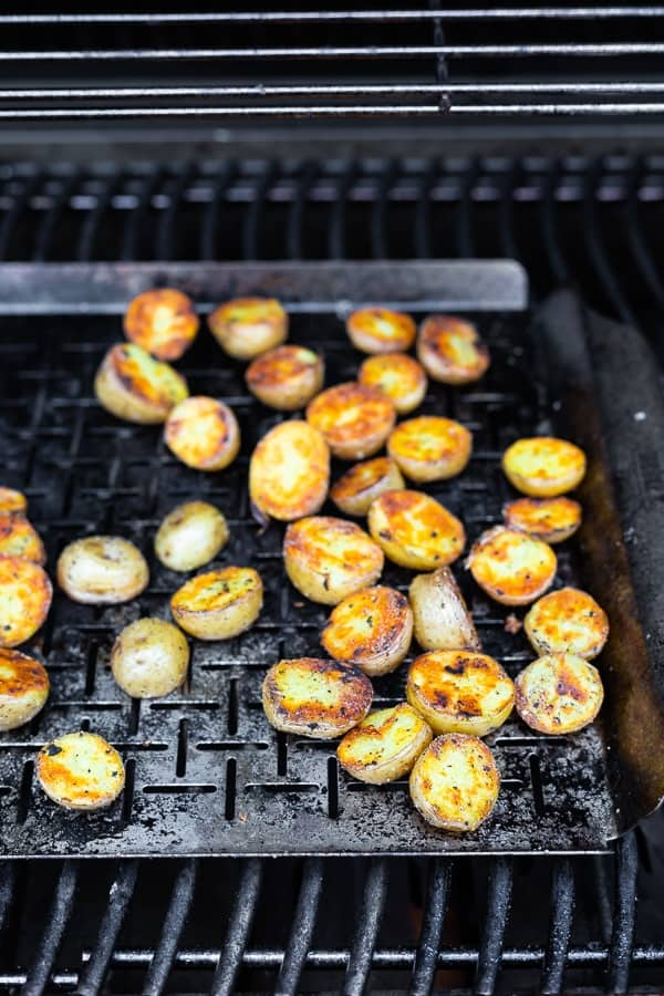 how to cook potatoes on the grill- grilling on a vegetable grilling plate