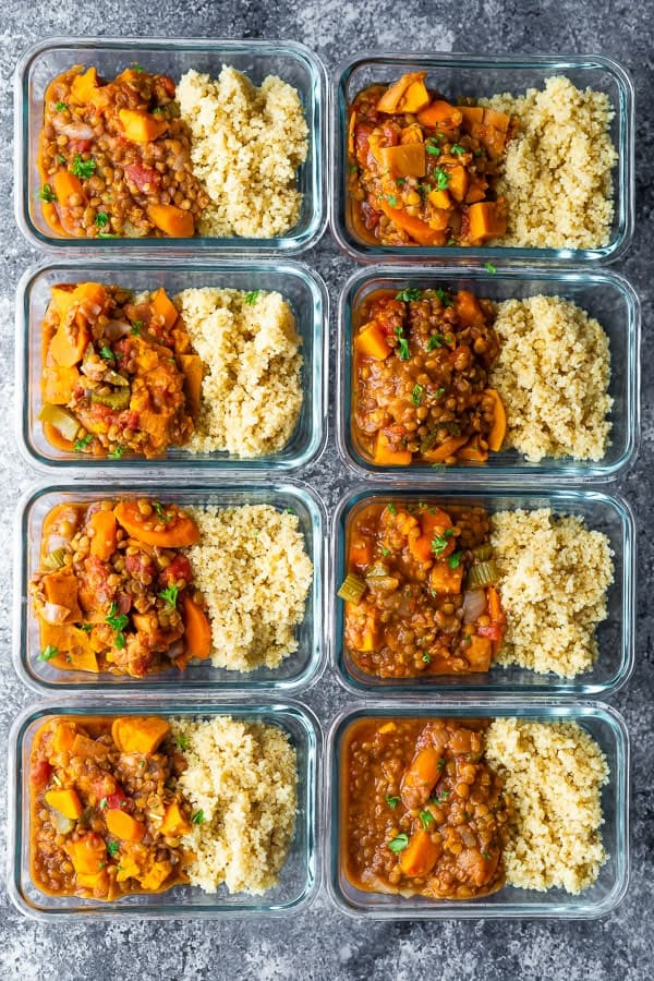 8 portions of instant pot lentils in meal prep containers