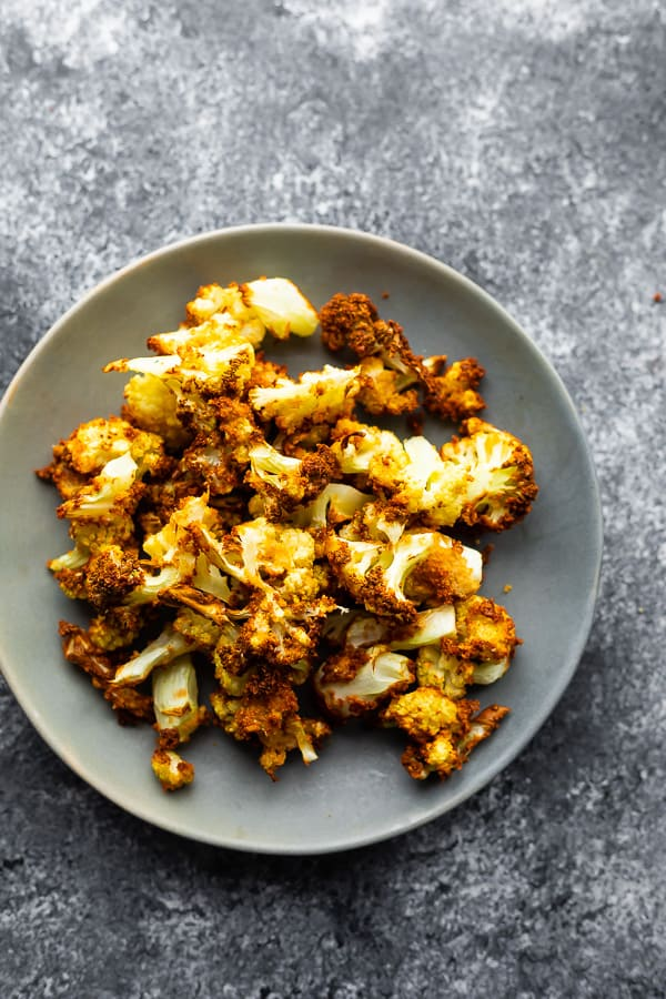 Crispy Air Fryer Cauliflower | sweetpeasandsaffron.com