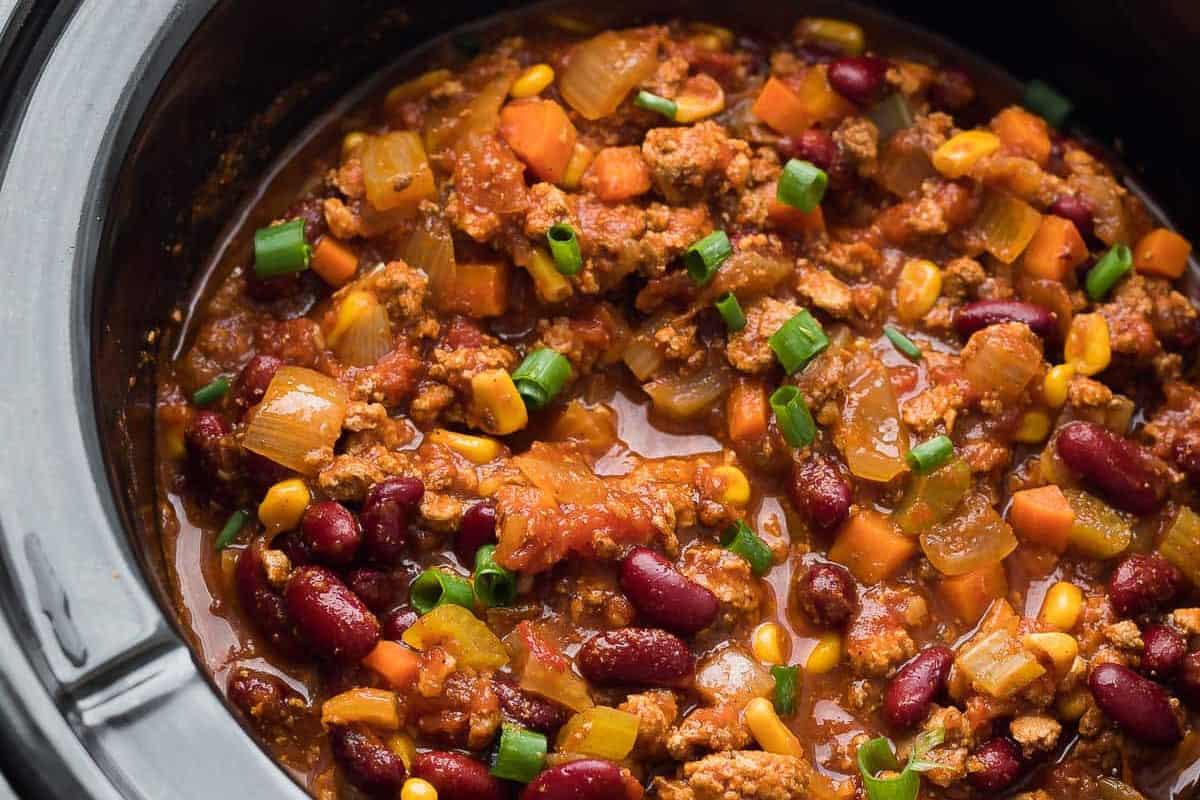 Smoky Slow Cooker Turkey Chili Sweet Peas And Saffron