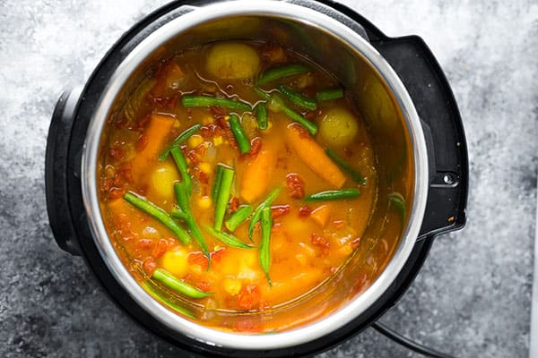 chickpea curry in the instant pot after cooking