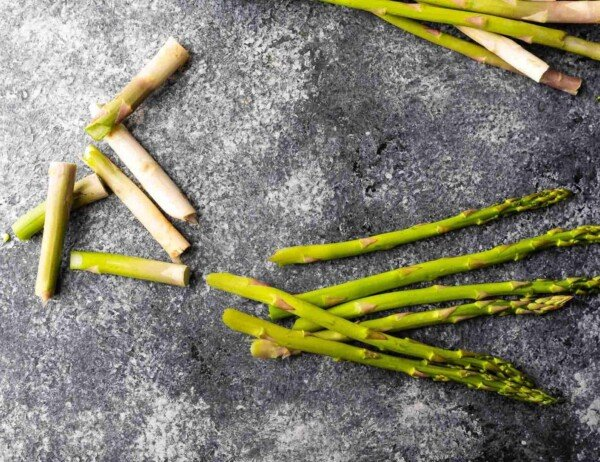 asparagus with tips snapped off