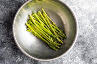 asparagus in bowl