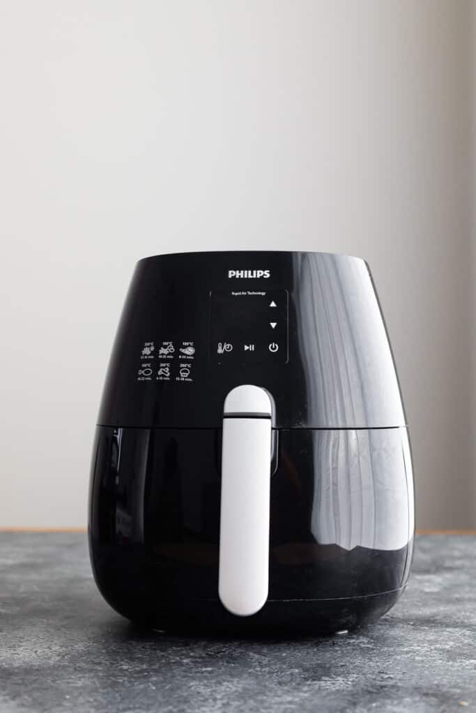 front on view of philips basket-style air fryer