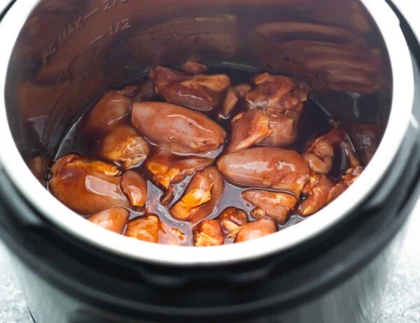chicken and sauce for bbq chicken in the instant pot