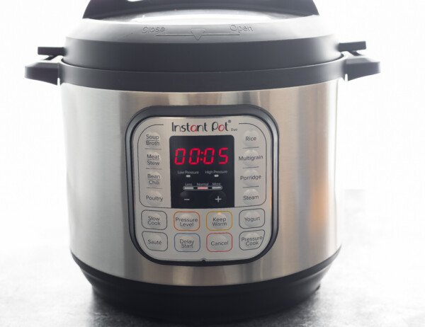 instant pot with 5 minutes on the timer