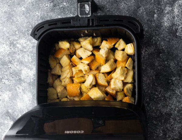 croutons in air fryer before cooking