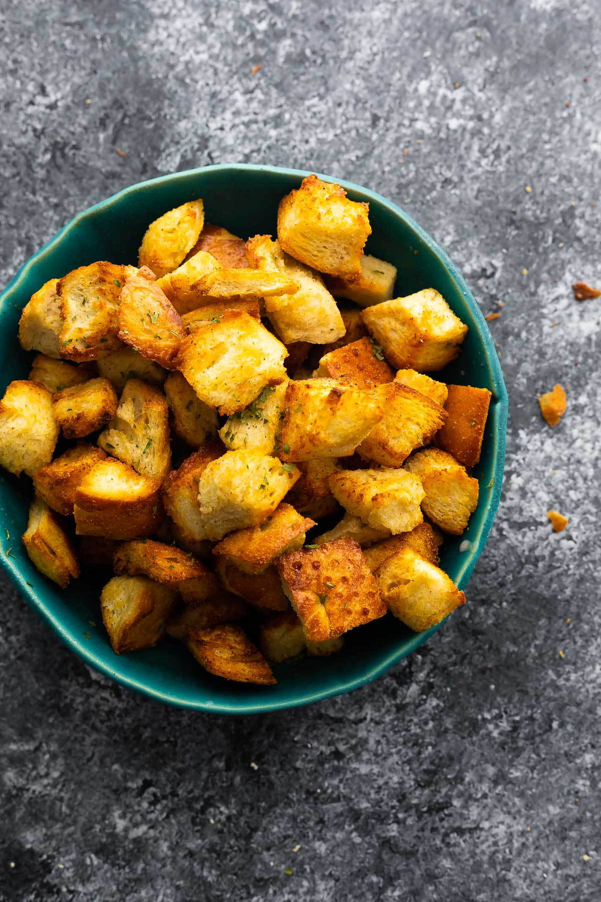air fryer croutons in blue bowl