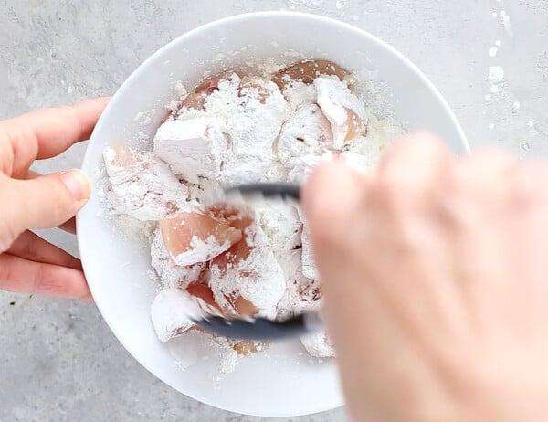 coating chicken in cornstarch