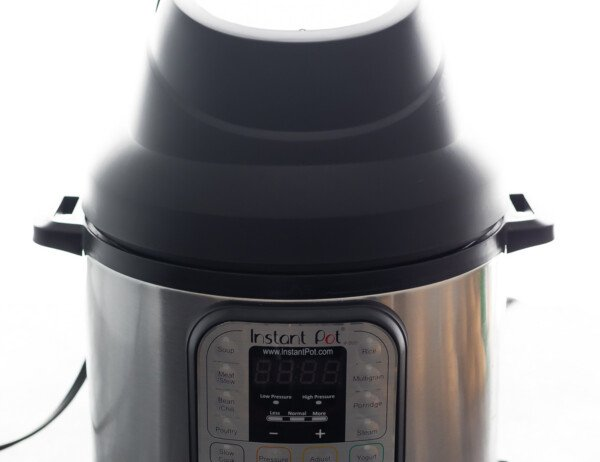 instant pot with air fryer lid on