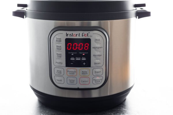 instant pot with 8 minutes on the timer